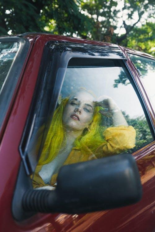 Photos gratuites de à l'intérieur, automobile, chauffeur, cheveu