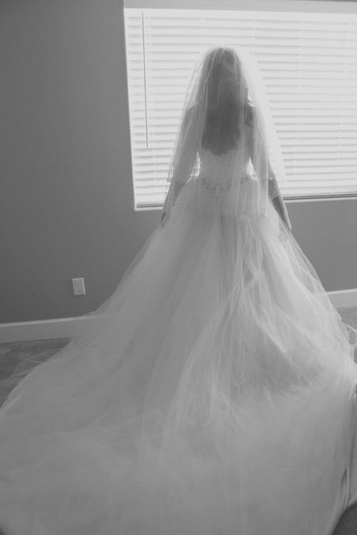 #bride #beautiful #bridalgown #wedding, #gown içeren Ücretsiz stok fotoğraf