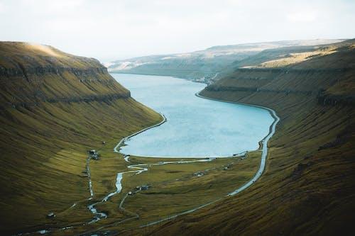 Ilmainen kuvapankkikuva tunnisteilla färsaaret, järvi, joki, kuva yläkulmasta