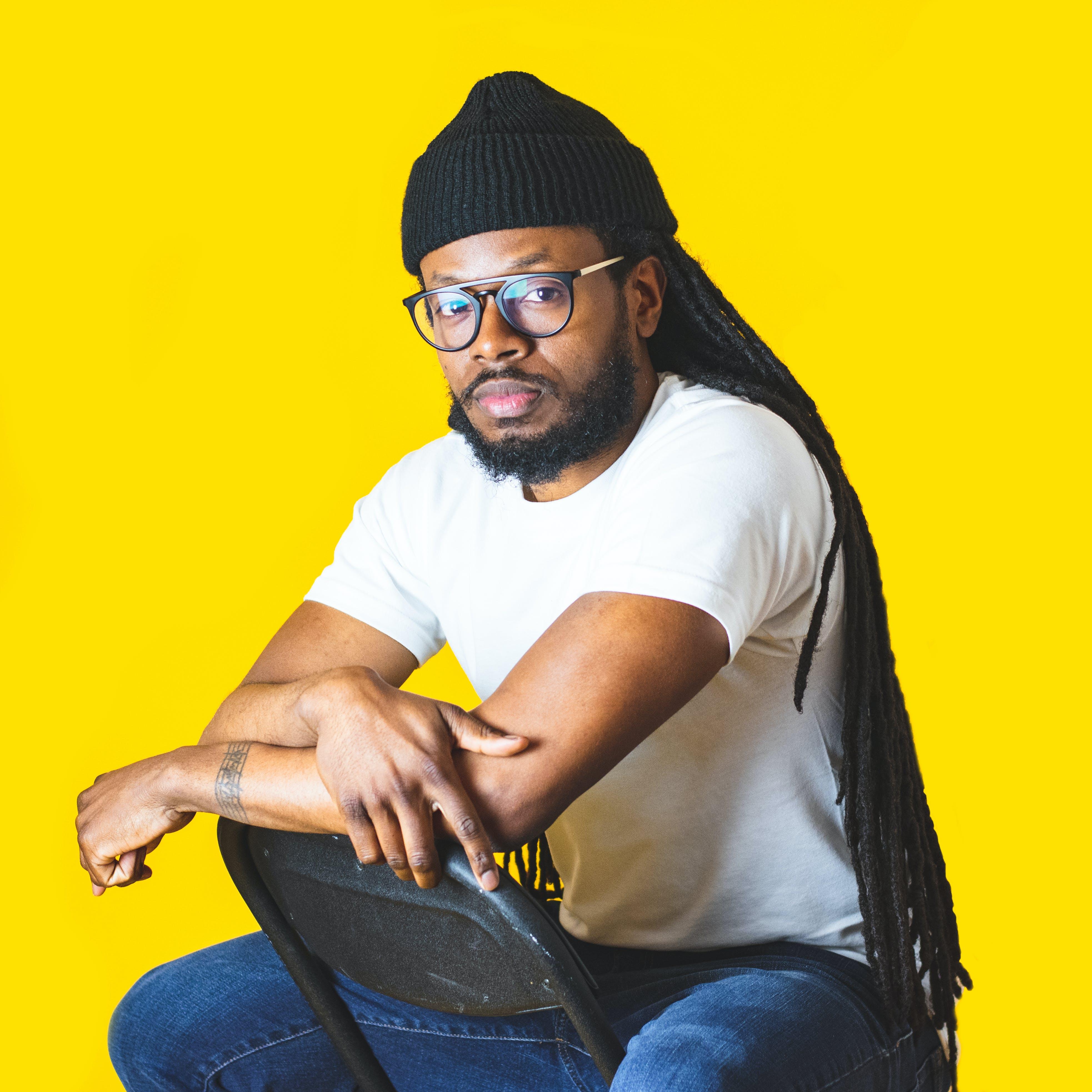 Kostenloses Stock Foto zu afroamerikanischer mann, brille, brillen, cool