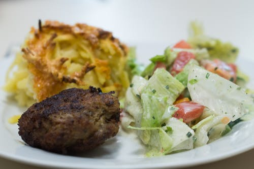 Kostnadsfri bild av måltider, mat, meetball, restaurang