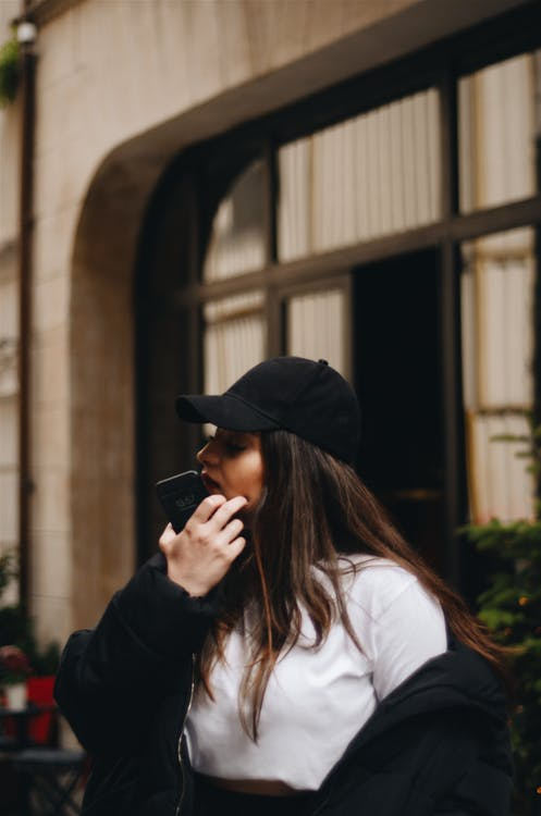 거리, 긴 머리, 도시의