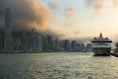 Kostnadsfri bild av byggnader, hamn, hav, havsområde