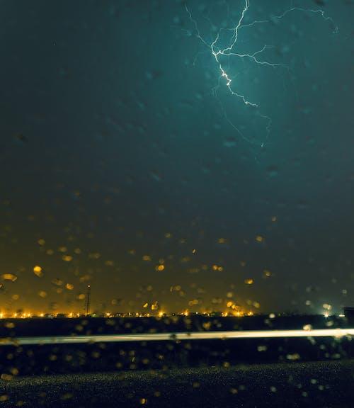 나쁜 날씨, 물방울, 밤, 번개의 무료 스톡 사진