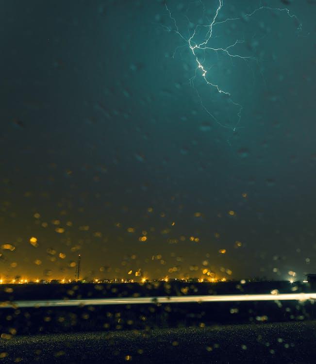 blesk, bouře, kapky vody