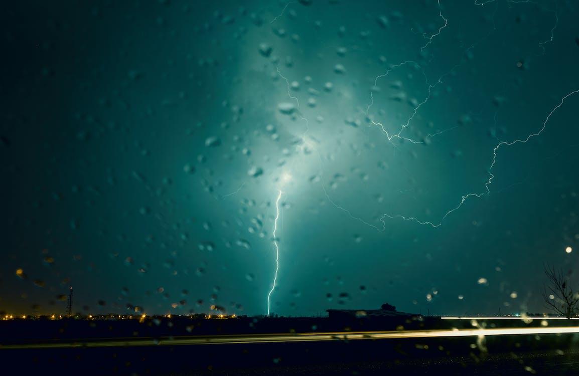 gotícula de água, mau tempo, noite