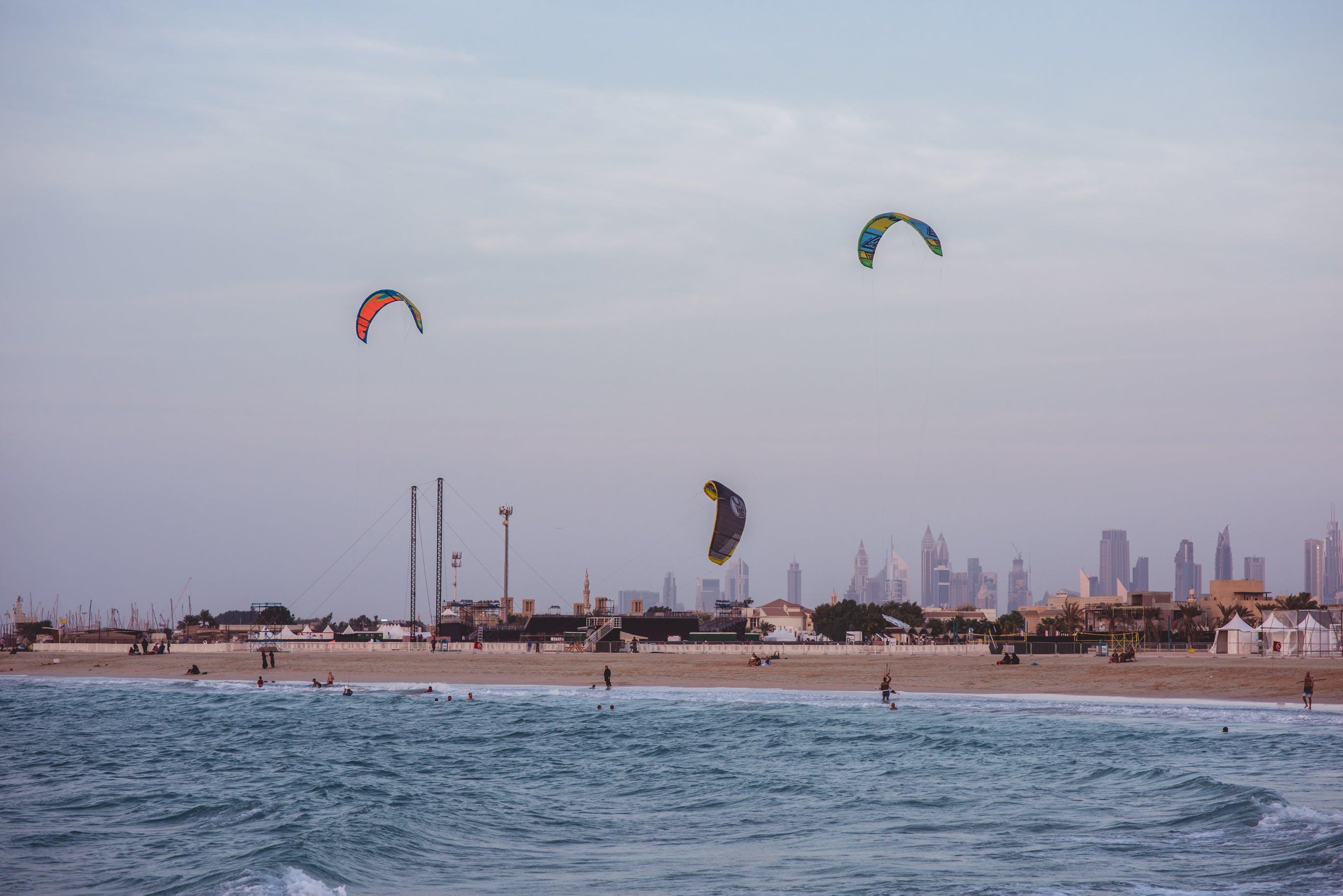 Δωρεάν στοκ φωτογραφιών με kiteboarding, kitesurfing, δραστηριότητα, ηλιοβασίλεμα παραλία