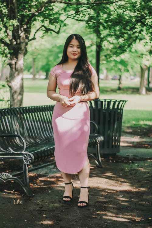 亞洲女人, 亞洲女性, 公園, 公園長椅 的 免費圖庫相片