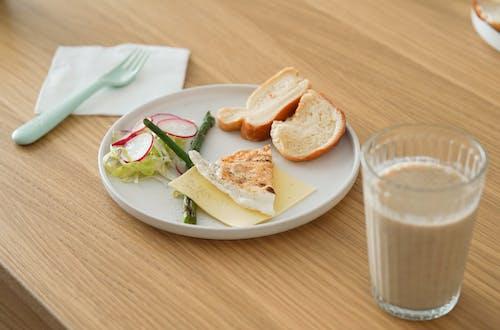 Foto profissional grátis de alimento, almoço, assado, bebida
