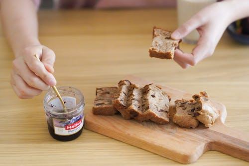 Fotobanka sbezplatnými fotkami na tému chlieb, chutný, cukrársky výrobok, džem