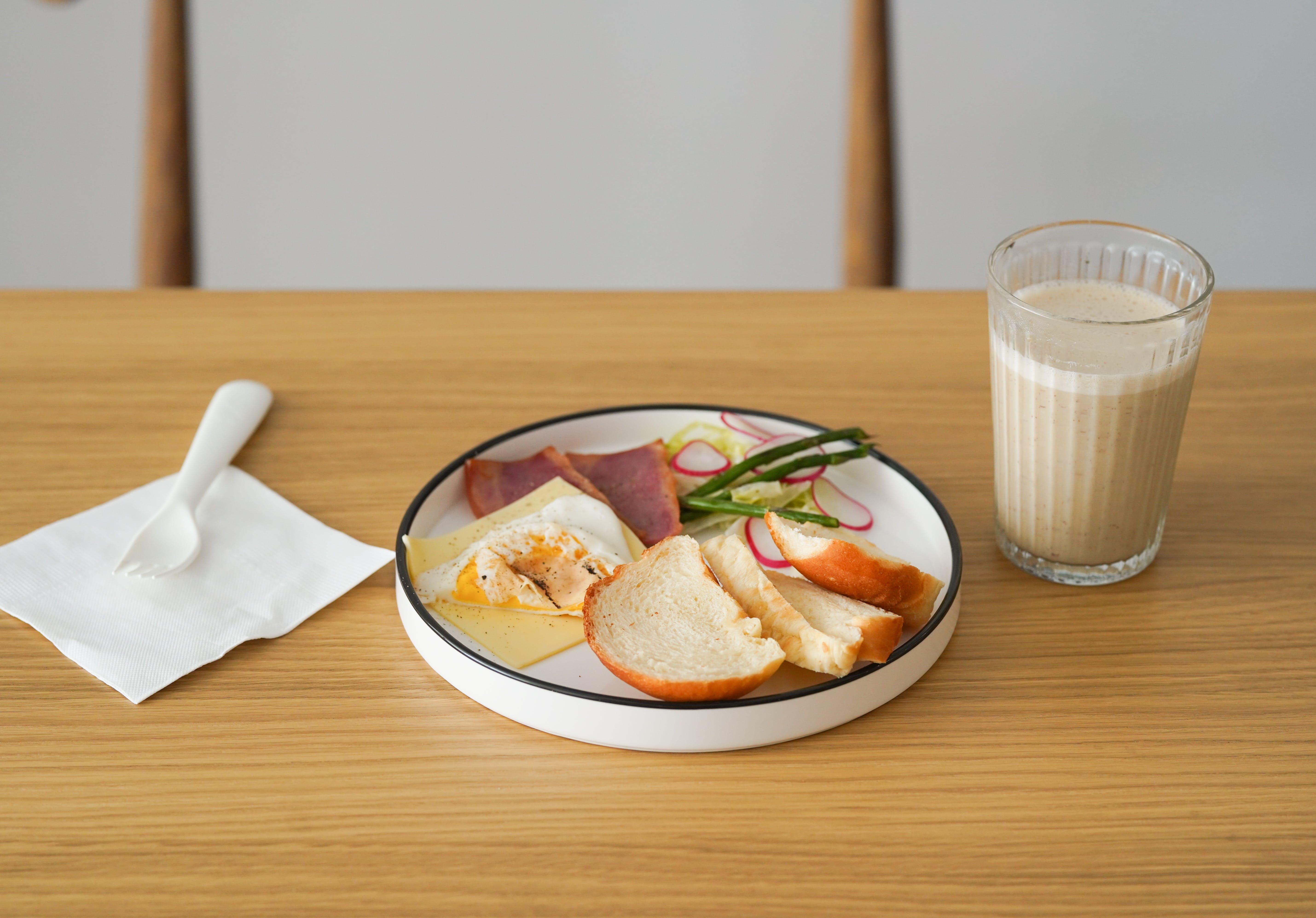 Gratis arkivbilde med brød, delikat, drikke, frokost