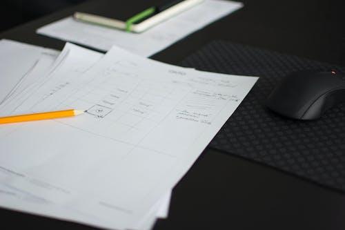 Gratis stockfoto met bloc note, computermuis, designen, designer