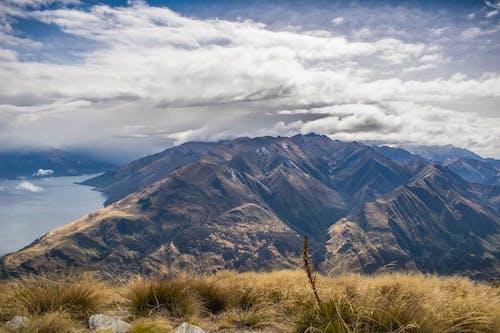 Ingyenes stockfotó a hasi csúcs, felhők, festői, hegyek témában