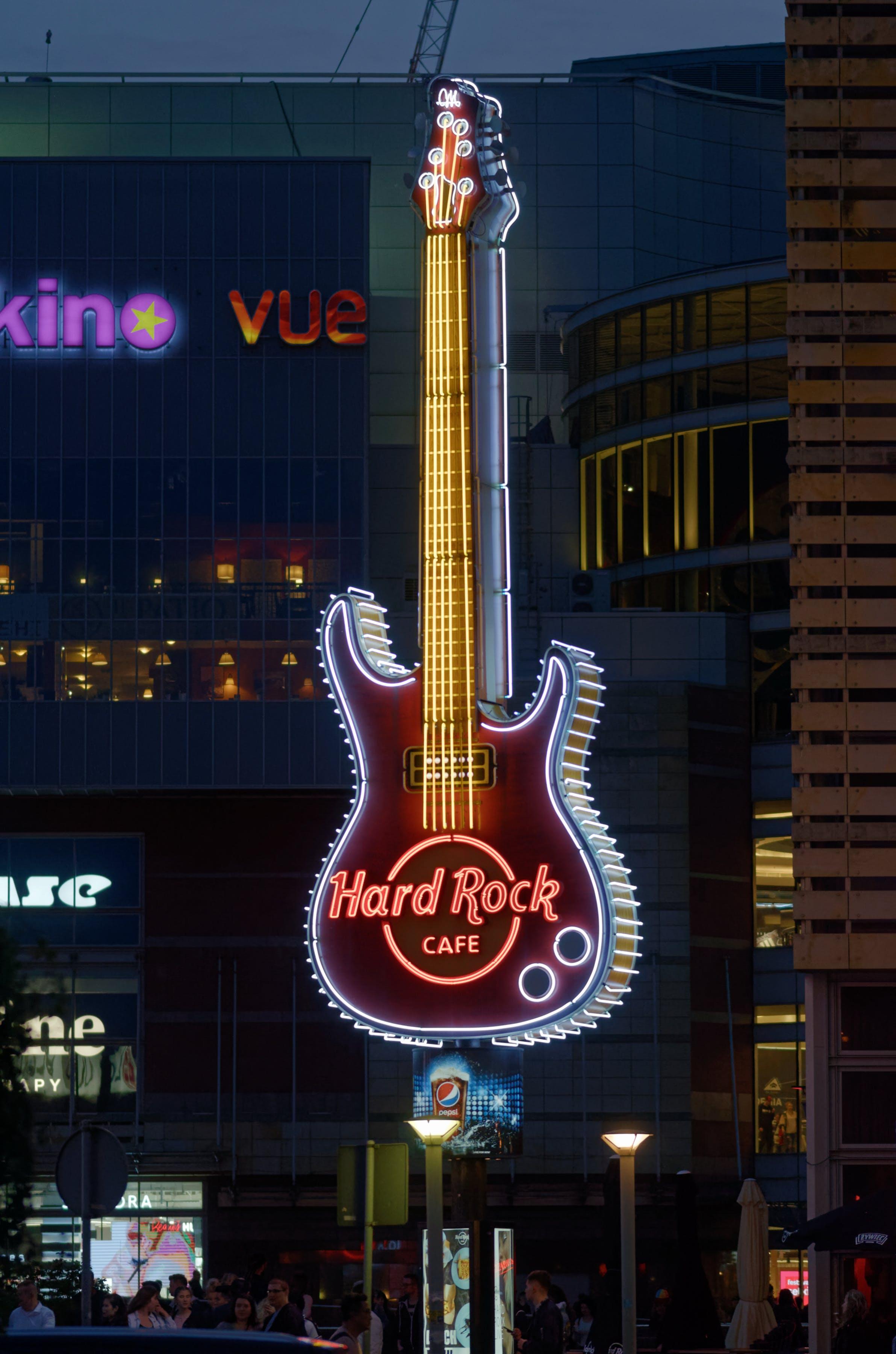 거대한, 건물, 광고하는, 기타의 무료 스톡 사진