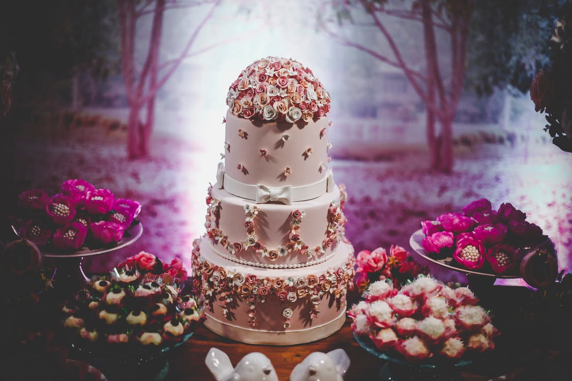 3-layer Cake With Flowers