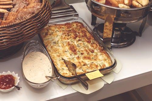 ağız sulandırıcı, akşam yemeği, çekici, ekmekler içeren Ücretsiz stok fotoğraf