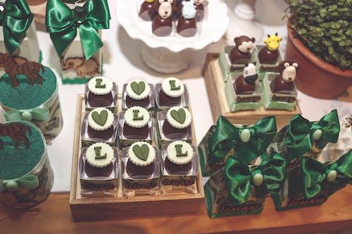 Бесплатное стоковое фото с вкусный, десерт, десертный столик, еда