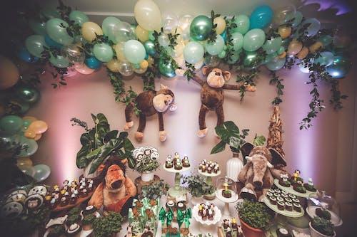 Бесплатное стоковое фото с вечеринка, декорация, десерт, десертный столик