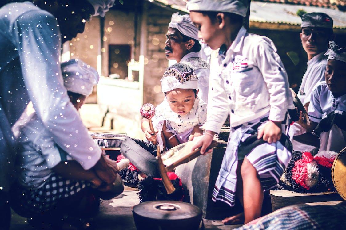 asiatiske mennesker, Bali, bøn