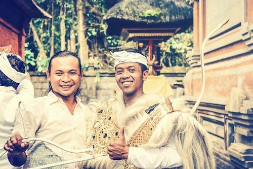 Gratis lagerfoto af afslappet, ansigtsudtryk, asiatiske mennesker, balinesisk