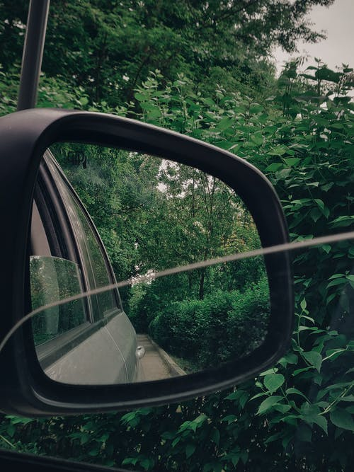 Taking Photo Using Black Vehicle Side Mirror