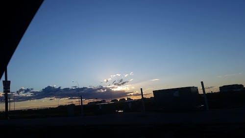 Kostnadsfri bild av bil, bilvy, hav av moln, mörka moln