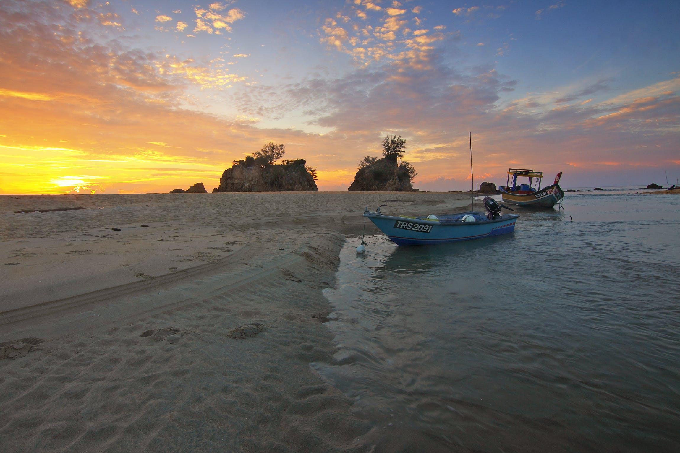 Základová fotografie zdarma na téma čluny, dovolená, horizont, krajina