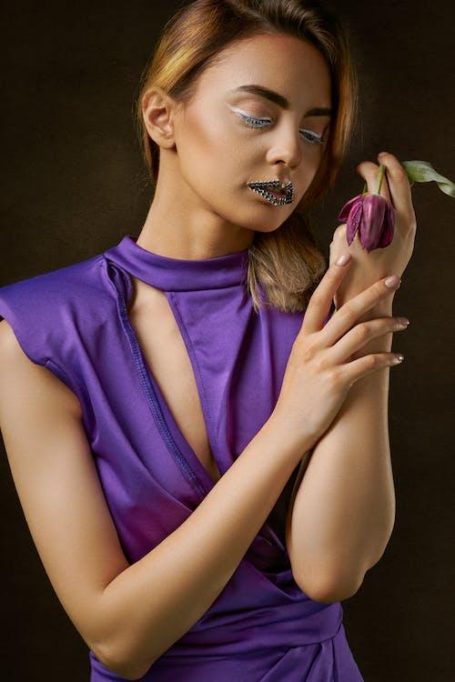 Безкоштовне стокове фото на тему «вродлива, Гарний, гламур, жінка»