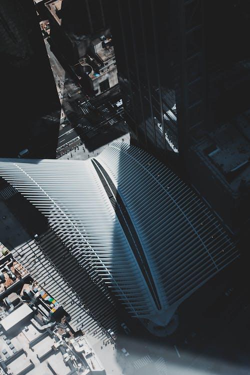 アスファルト, コンテンポラリー, シティ, ビジネスの無料の写真素材