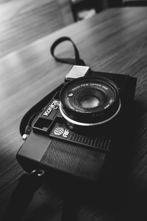 Ingyenes stockfotó analóg, analóg fényképezőgép, bütyök, múltidéző témában