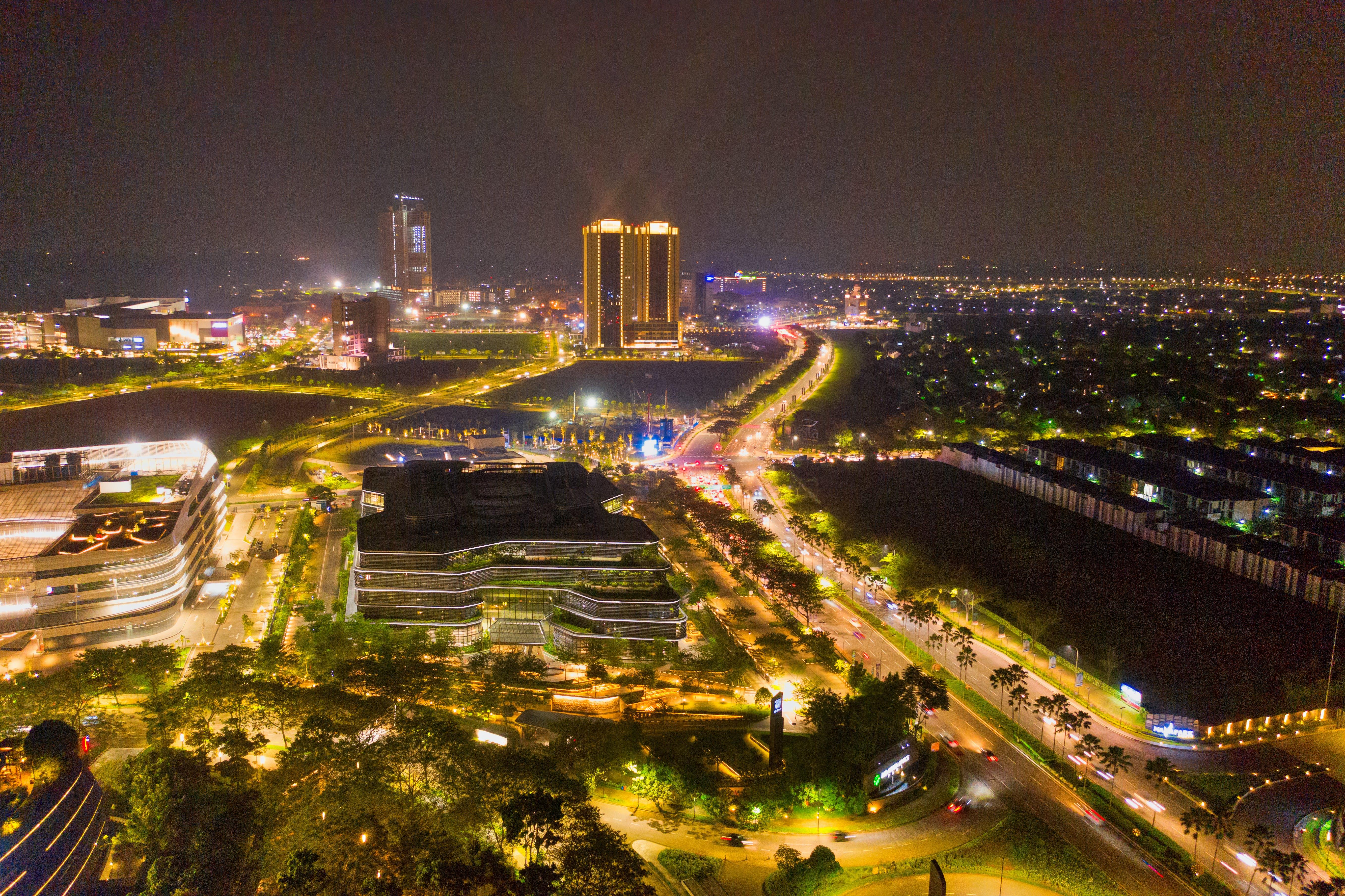 交通系統, 商業, 商業區, 城市 的 免费素材照片