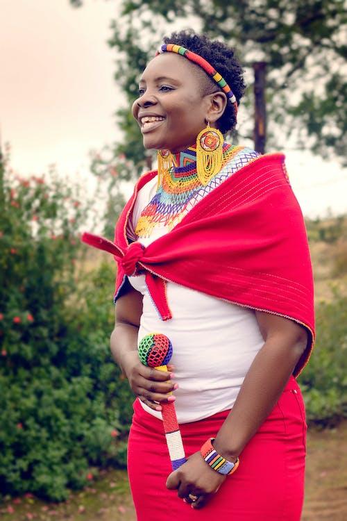 여성, 입다, 전통 의상, 패셔너블한의 무료 스톡 사진