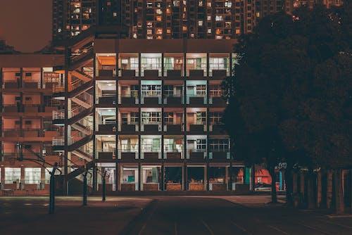 Ảnh lưu trữ miễn phí về ánh đèn thành phố, các tòa nhà, cảnh quan thành phố, cây