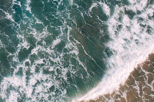 Gratis arkivbilde med fugleperspektiv, hav, ovenfra, sjø