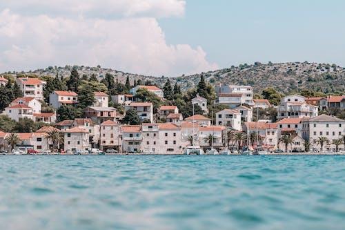 Безкоштовне стокове фото на тему «будівлі, Будинки, міський пейзаж, Хорватія»