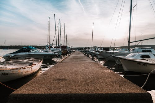Fotobanka sbezplatnými fotkami na tému Chorvátsko, člny, dopravný systém, jachty