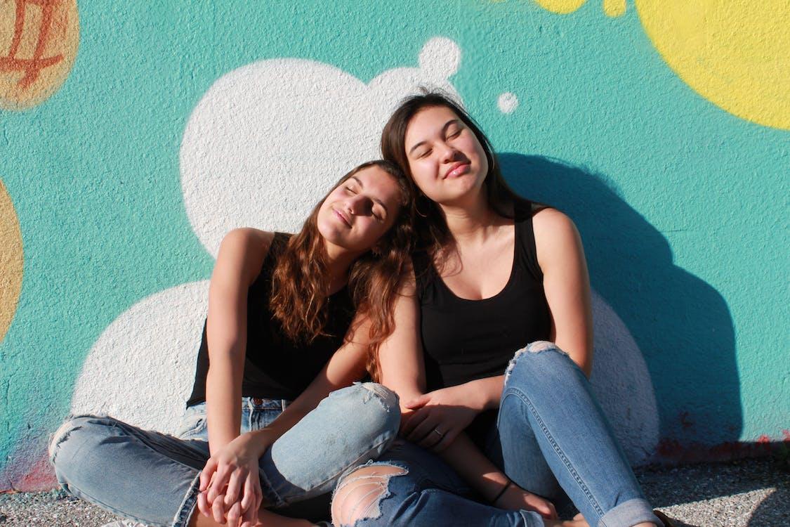 dievčatá, najlepší priatelia, priatelia