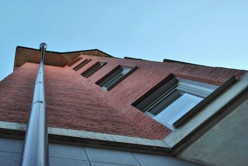 Darmowe zdjęcie z galerii z architektura, cegły, czerwony, mały kąt