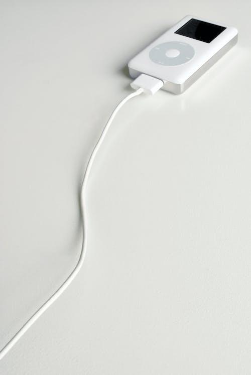 Darmowe zdjęcie z galerii z apple, biały, ipod, klasyczny