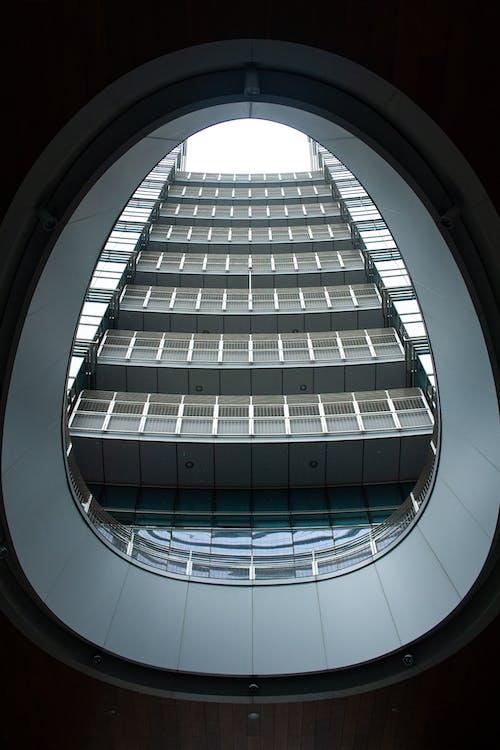 Foto stok gratis Arsitektur, Arsitektur modern, baja, bangunan