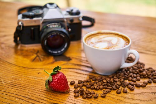 Kostenloses Stock Foto zu bohnen, cappuccino, erdbeere, essen
