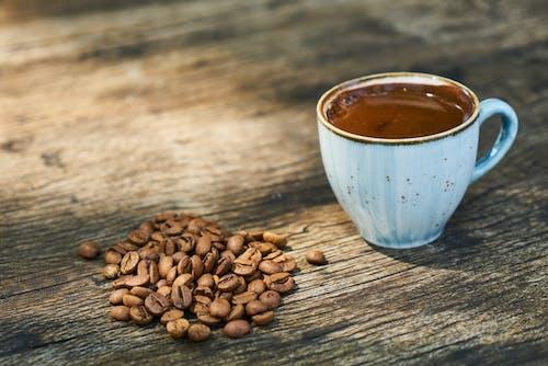 Gratis arkivbilde med drikke, kaffe, kaffebønner, koffein