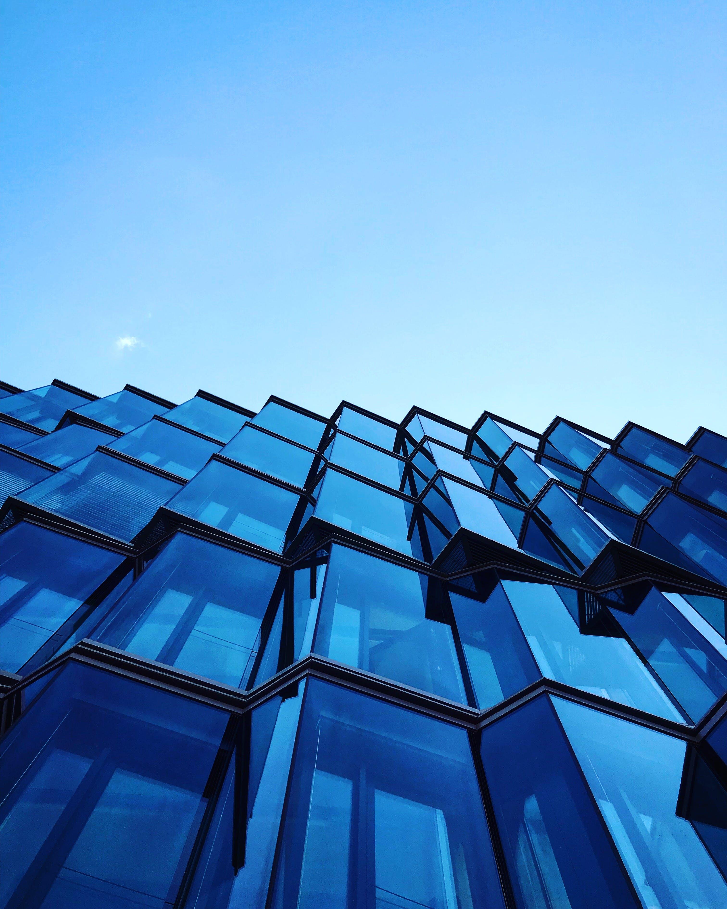 Δωρεάν στοκ φωτογραφιών με αρχιτεκτονική, αστικός, γυάλινα παράθυρα, κέντρο πόλης