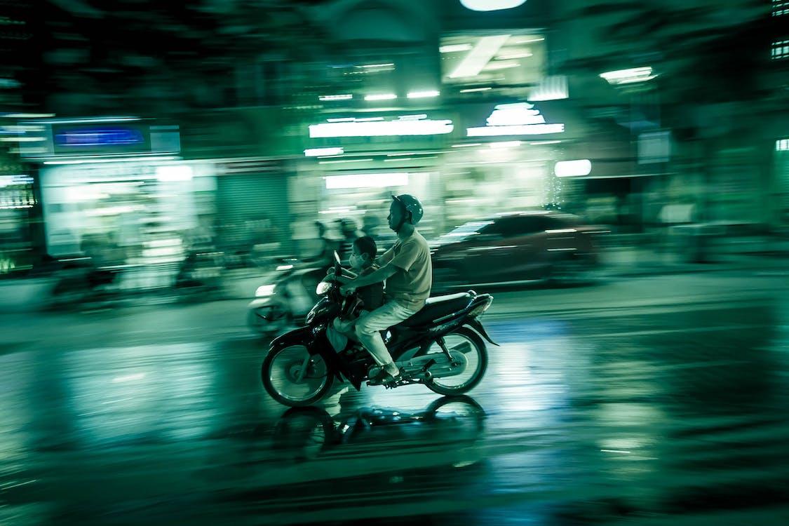 ala Vietnam, lalu lintas, lampu jalan