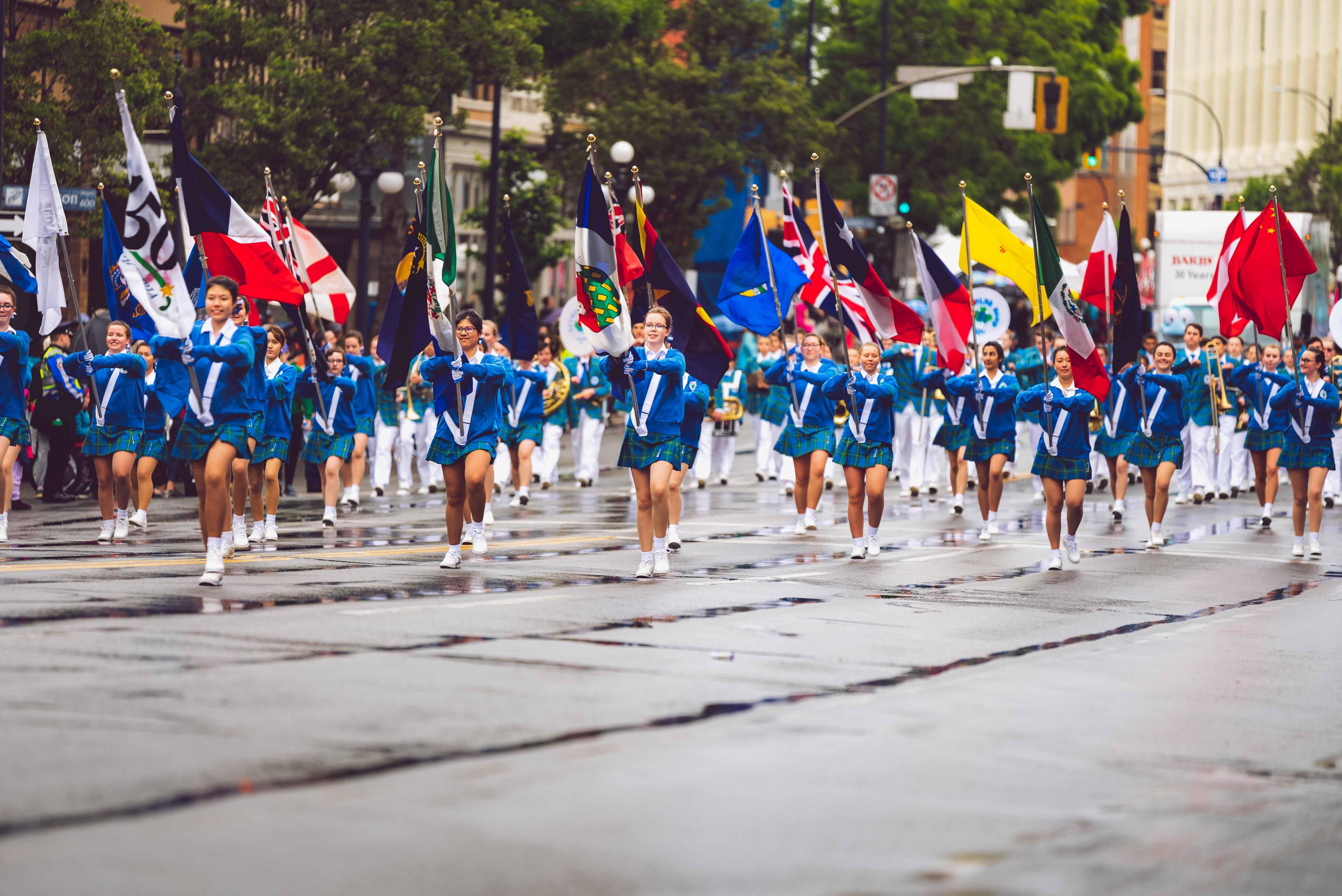 Foto stok gratis atlet, bendera, berkelompok, dewasa