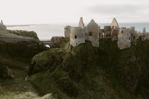 Free stock photo of antrim, castle, Castle by the sea, Castle on a hill