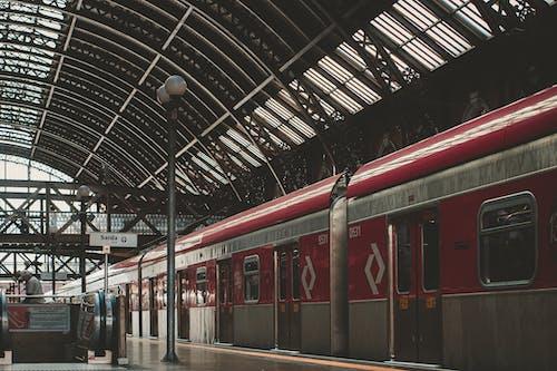 Train Rouge Et Argent