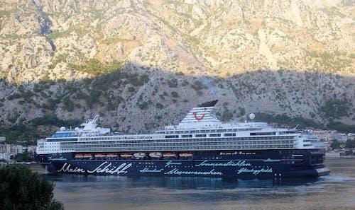Free stock photo of adriatic sea, kotor bay, maen schiff