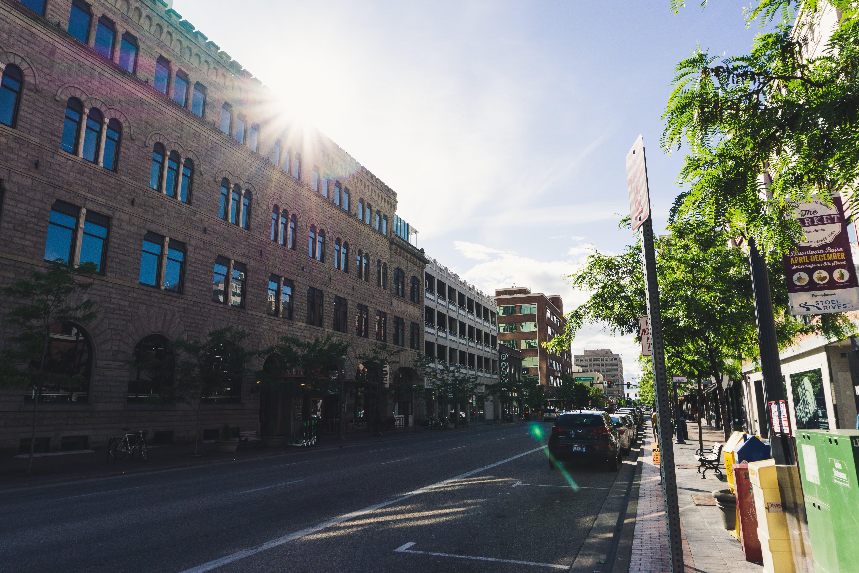 Foto stok gratis Arsitektur, bis, bisnis, di luar rumah