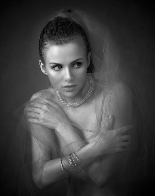 Fotobanka sbezplatnými fotkami na tému charakter, čierna a biela, dospelý, krása